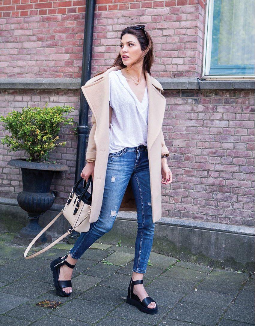 Bộ đôi jeans và áo phông: Kết hợp sao cho tươi mới? 7