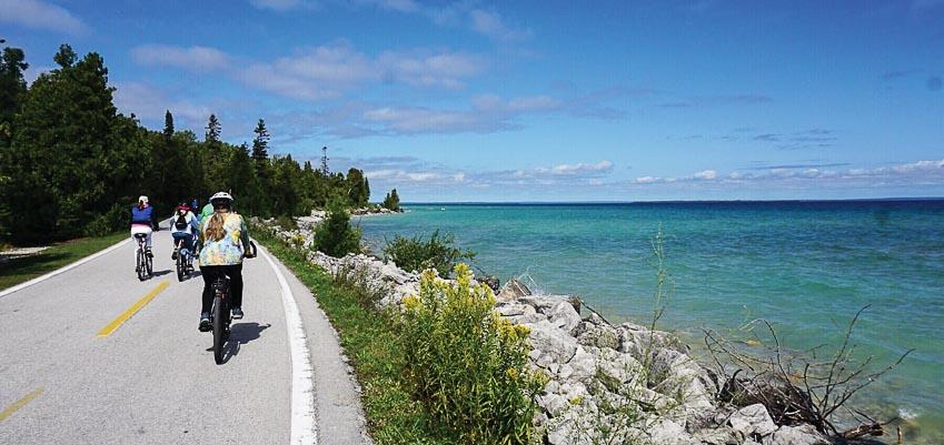 Sống chậm trên đảo Mackinac ở Mỹ - 6