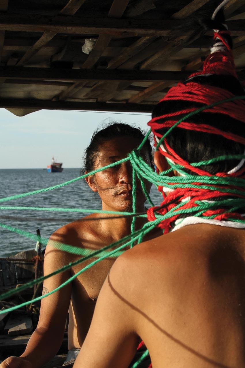 Tác phẩm video art Chạm tới biển vào Bảo tàng Mỹ thuật Huế - 2