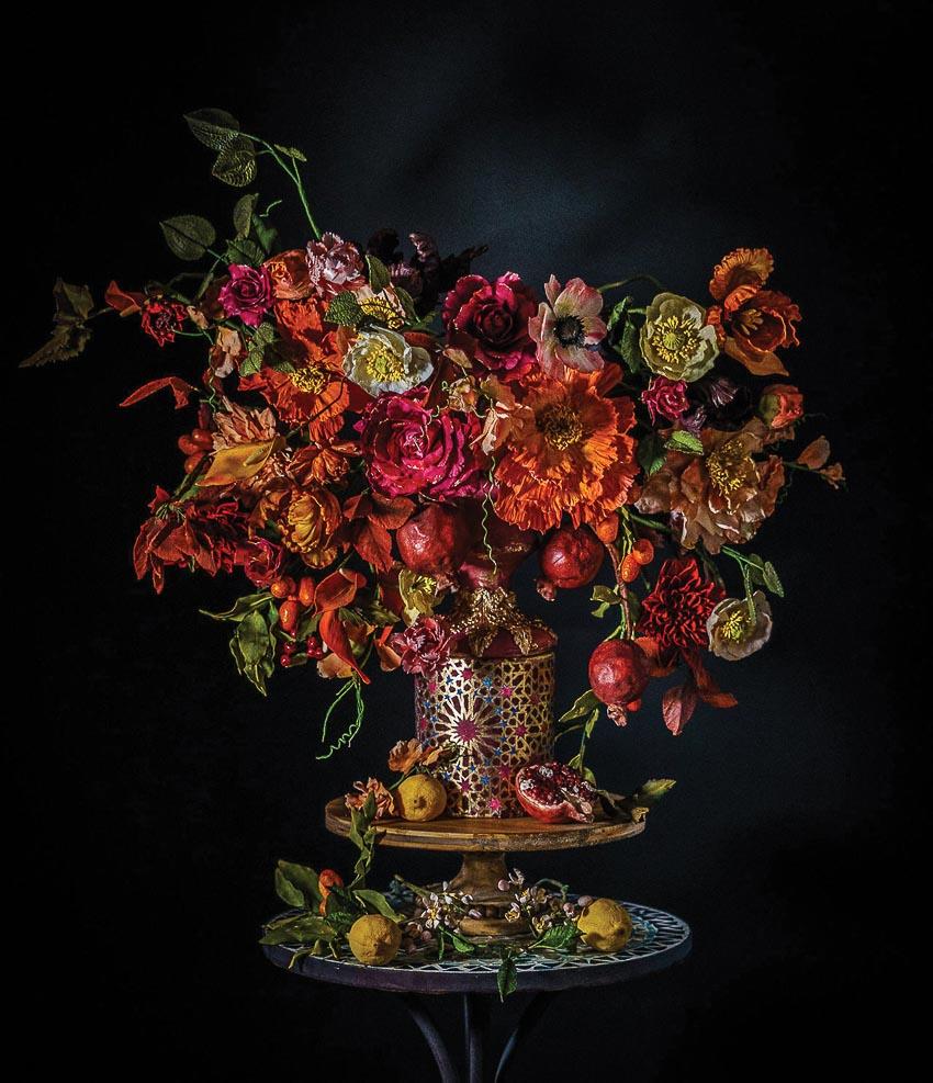 Trang trí những ổ bánh ngọt bằng những bông hoa - 1