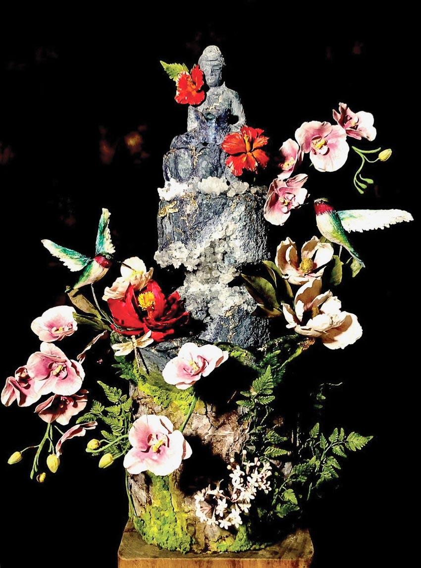 Trang trí những ổ bánh ngọt bằng những bông hoa - 4
