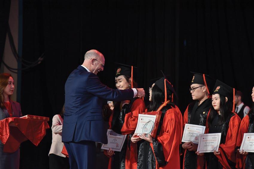 Lễ tổng kết năm học của Trường Quốc tế Việt Úc - 4