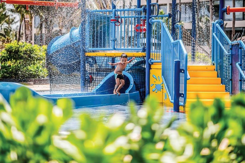 Trại hè cho trẻ em tại InterContinental Phu Quoc Long Beach Resort - 4