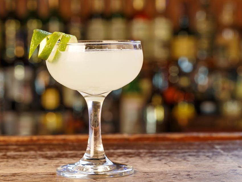 11 loại cocktail đơn giản giải nhiệt mùa hè mà bạn có thể tự làm - 3