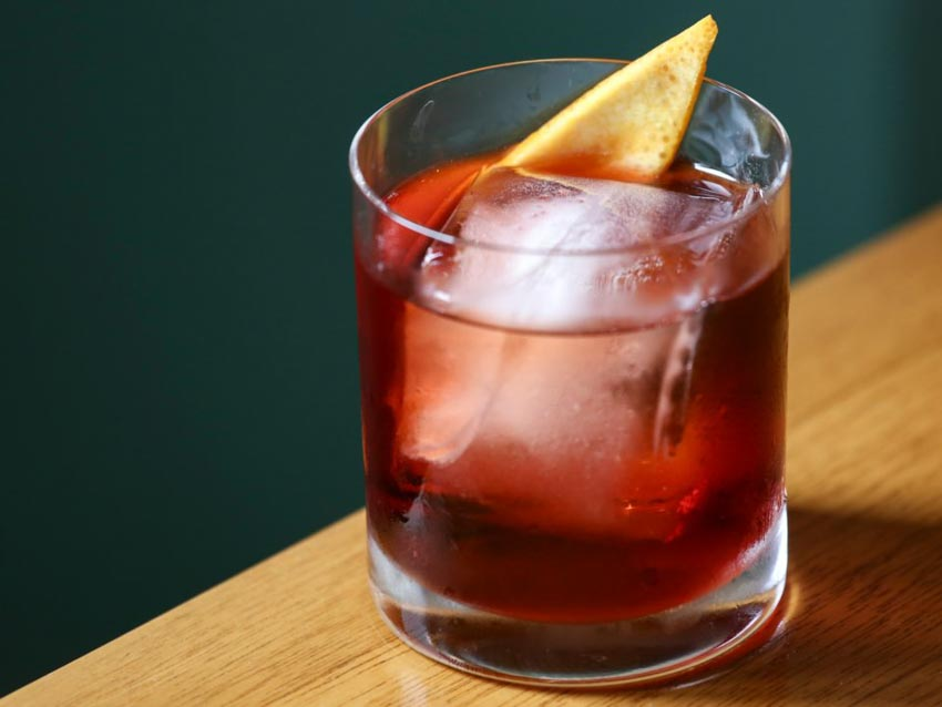 11 loại cocktail đơn giản giải nhiệt mùa hè mà bạn có thể tự làm - 7