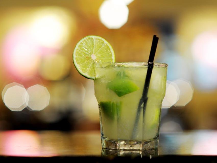 11 loại cocktail đơn giản giải nhiệt mùa hè mà bạn có thể tự làm - 9