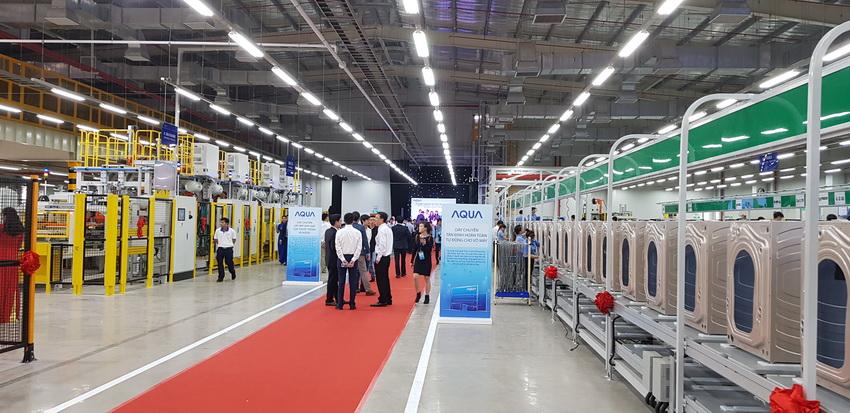 Nhà máy sản xuất Máy giặt Cửa trước AQUA