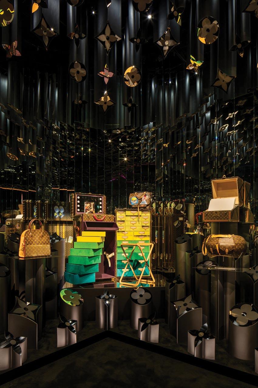Buổi triển lãm ấn tượng của Louis Vuitton X - 4