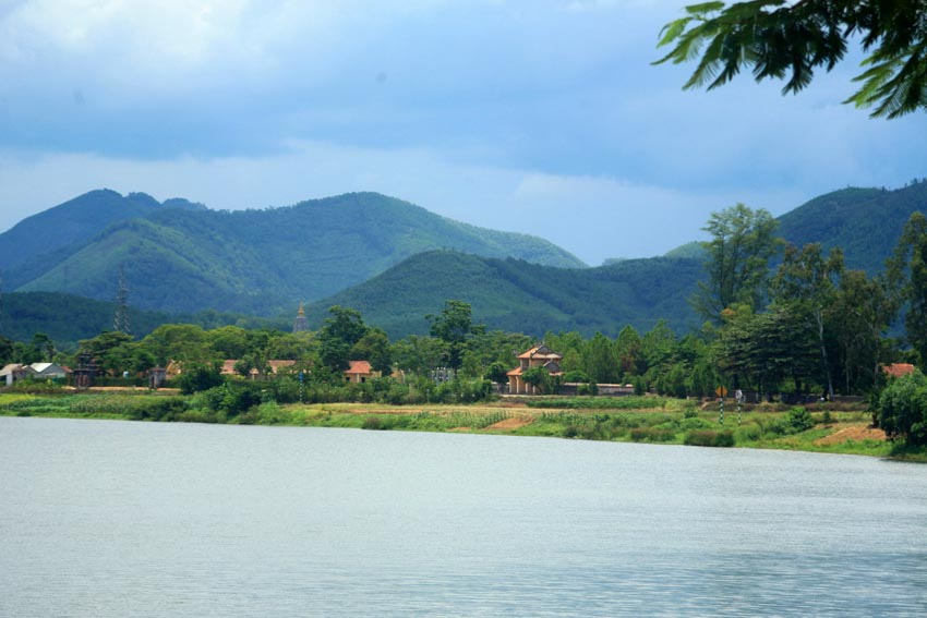 Hồi ức Hương Giang - Dòng sông Hương xứ Huế - 1