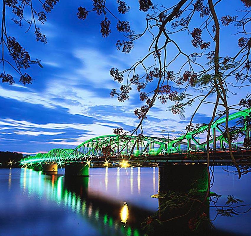 Hồi ức Hương Giang - Dòng sông Hương xứ Huế - 5
