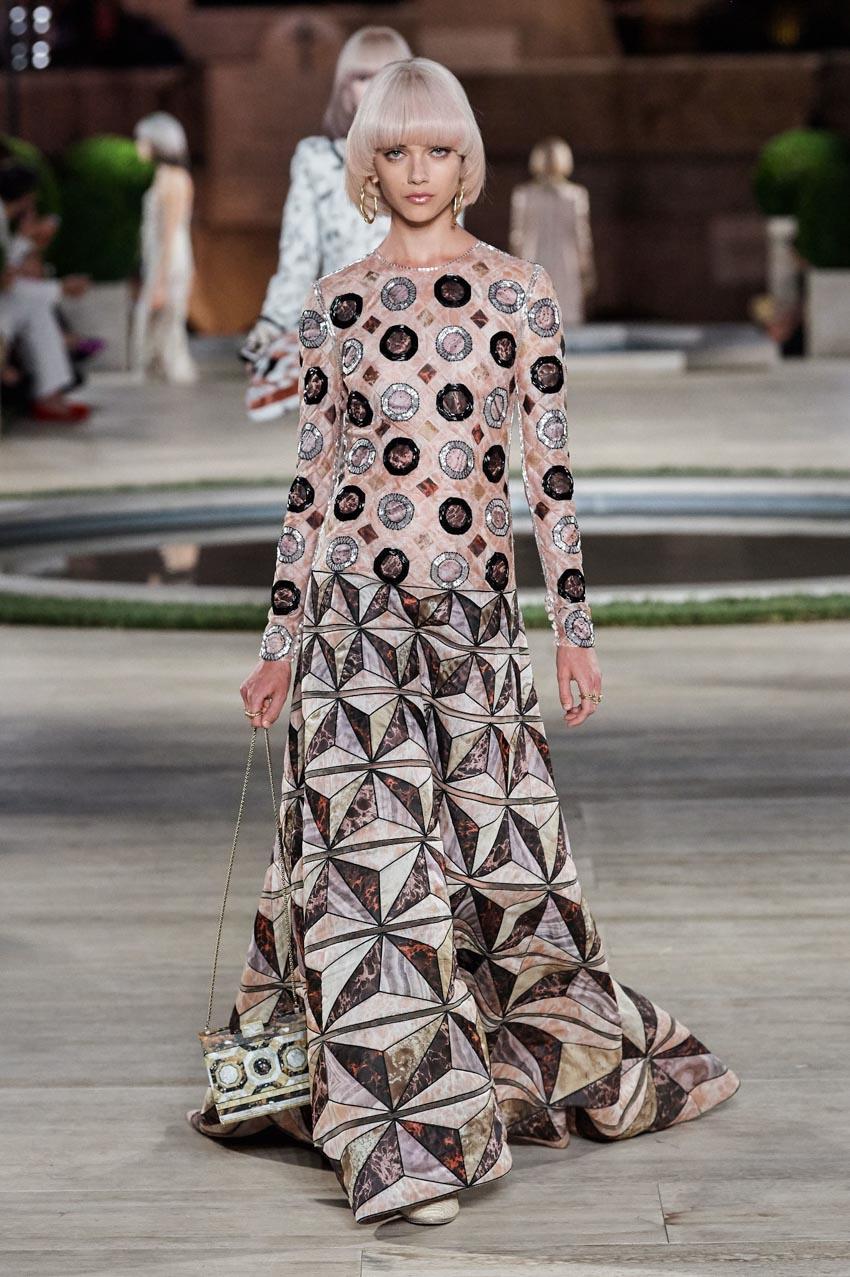 Fendi Haute Couture Thu-Đông 2019 Thập niên 70 hoàng kim - 12