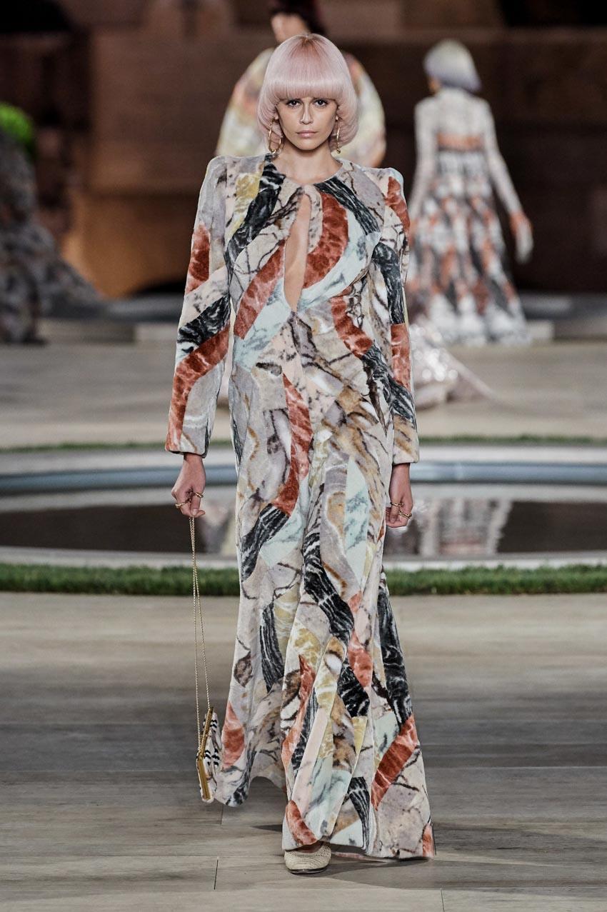 Fendi Haute Couture Thu-Đông 2019 Thập niên 70 hoàng kim - 13