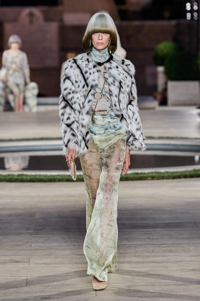 Fendi Haute Couture Thu-Đông 2019 Thập niên 70 hoàng kim - 4
