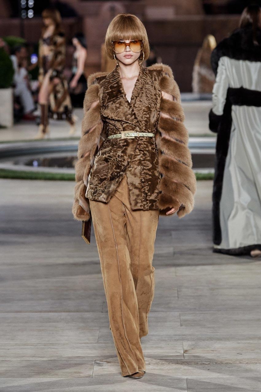 Fendi Haute Couture Thu-Đông 2019 Thập niên 70 hoàng kim - 7