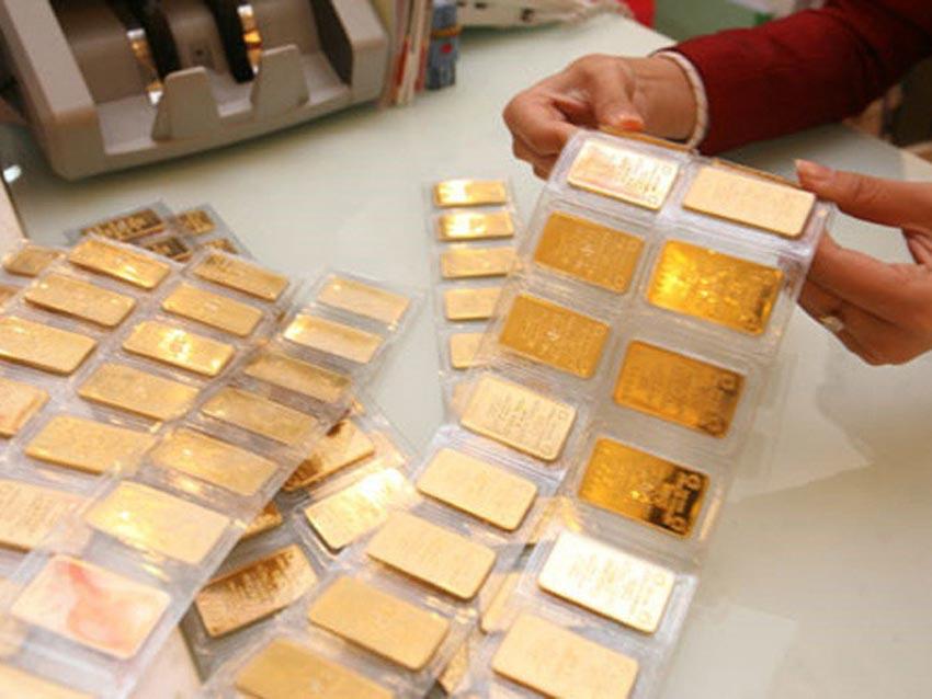 Giá vàng hôm nay 11-7, một động thái từ Mỹ, vàng tăng vọt qua ngưỡng 39 triệu đồng/lượng - 1