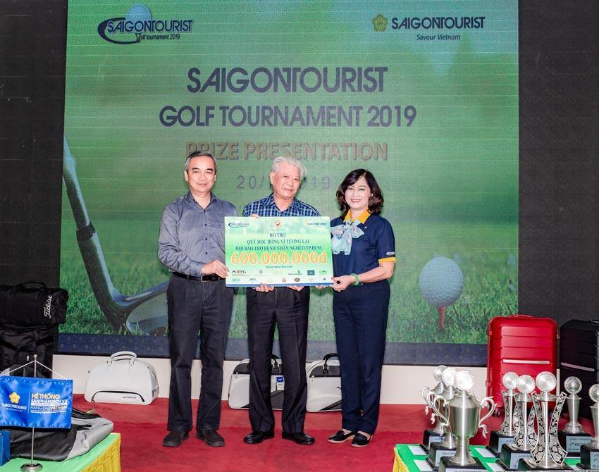 Giải Golf Saigontourist 2019 đóng góp 500 suất học bổng - 2