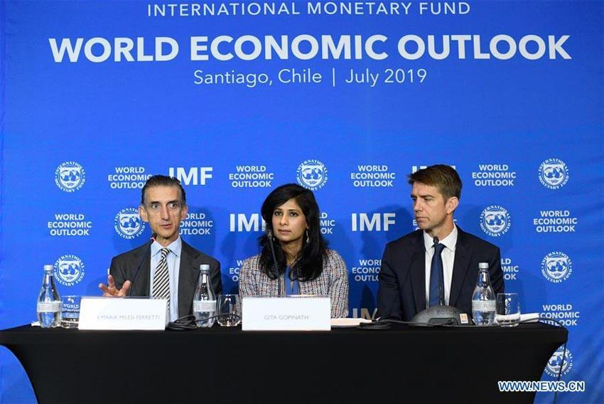 IMF: căng thẳng thương mại và bất ổn là lực cản kinh tế thế giới -1