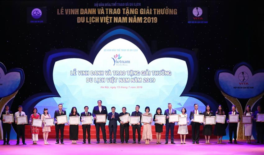 Novotel Nha Trang được vinh danh tại Giải thưởng Du Lịch Việt Nam 2019 - 3