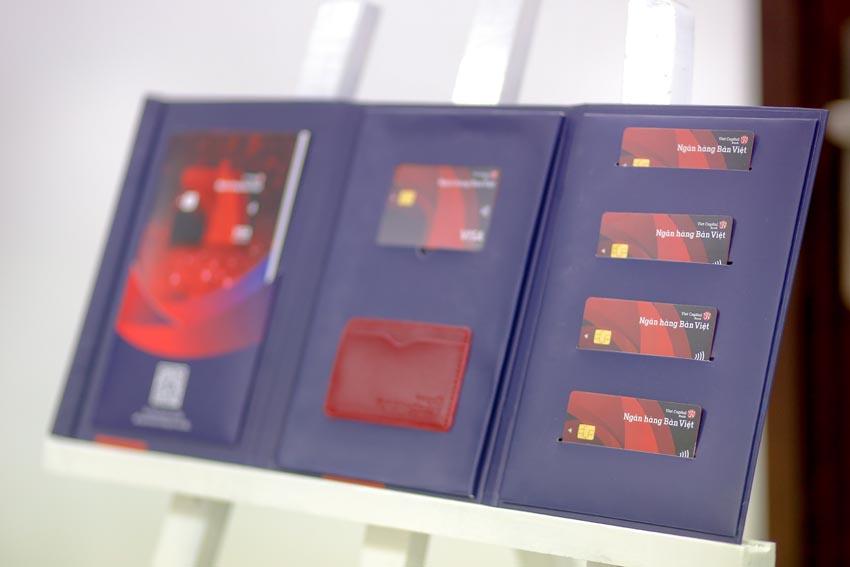 thẻ tín dụng Visa Corporate Bản Việt 2
