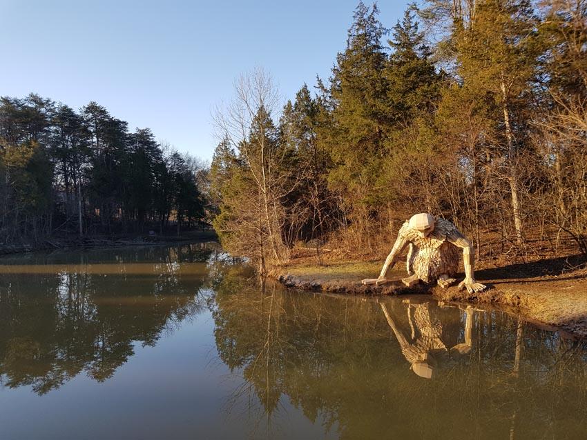 Những tác phẩm điêu khắc khổng lồ của Thomas Dambo - 2