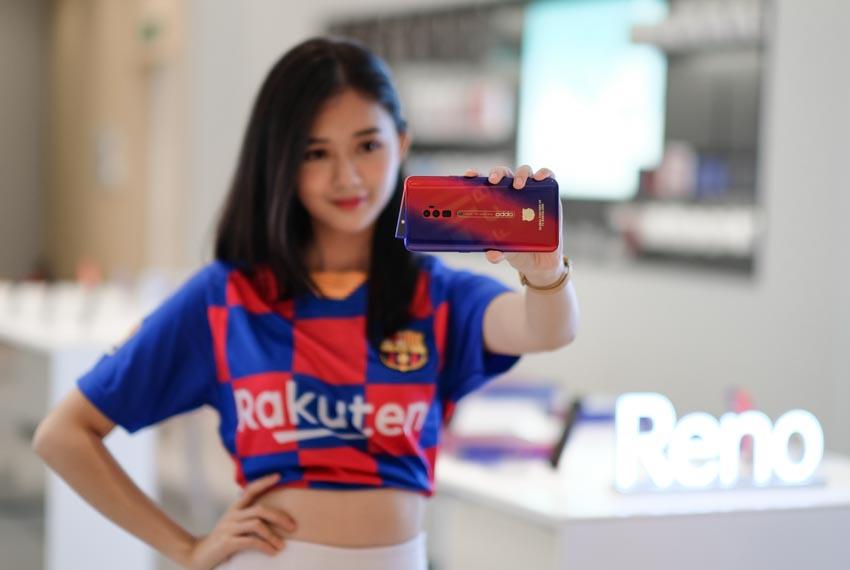 Oppo Reno Zoom 10x phiên bản giới hạn FC Barcelona tại Việt Nam - 1
