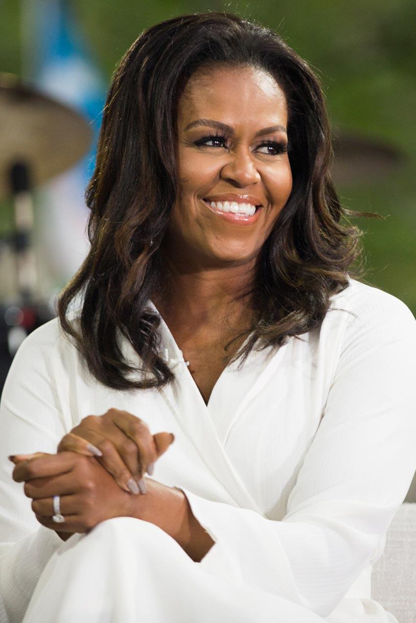 Đoạn trích độc quyền từ quyển hồi ký của Michelle Obama: Tình yêu của người mẹ - 1