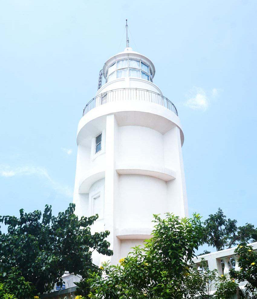 Ngọn hải đăng tại TP. Vũng Tàu được sơn lại bằng sơn Dulux Weathershield - 2