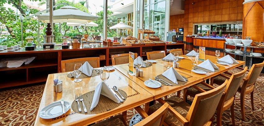 tiệc buffet tại Nhà hàng Atrium Café - 2