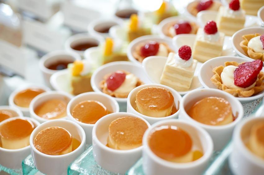 tiệc buffet tại Nhà hàng Atrium Café - 5