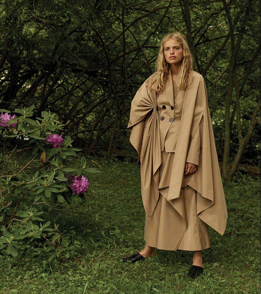Vải khaki là ưu tiên hàng đầu khi lựa chọn trang phục mùa hè - 2