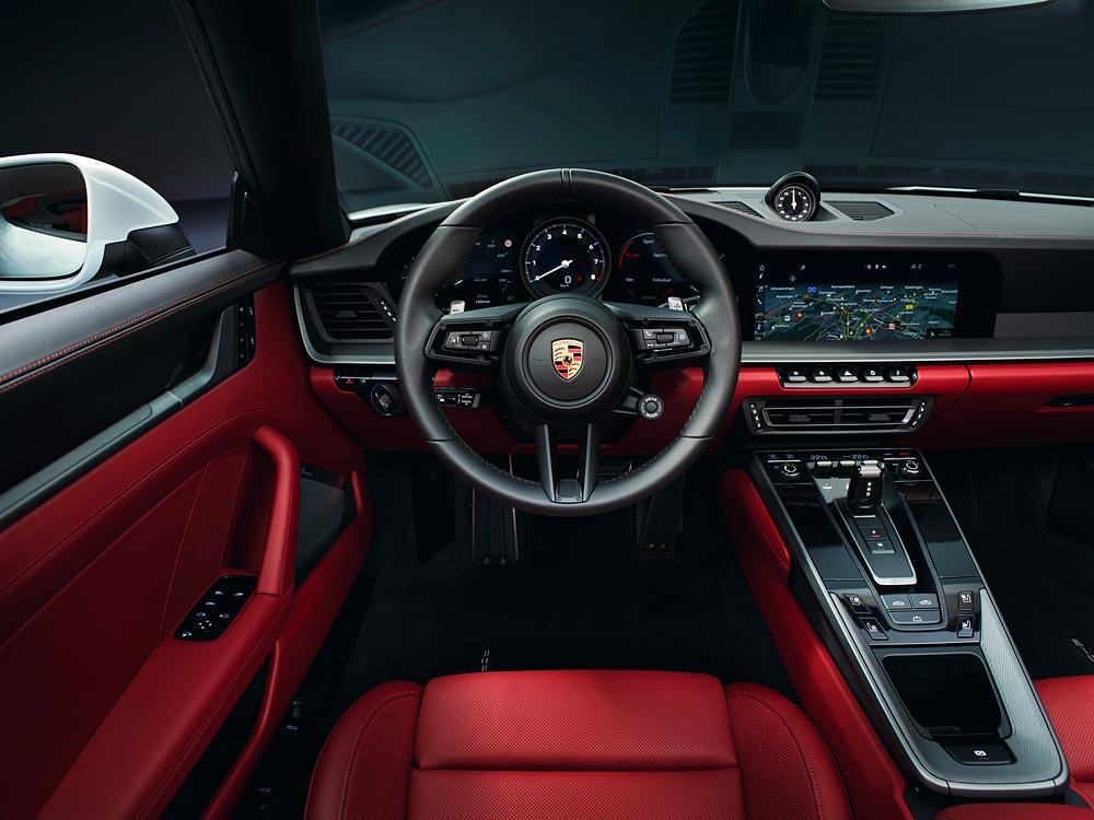 Porsche giới thiệu 911 Carrera Coupé và 911 Carrera Cabriolet mới - 12
