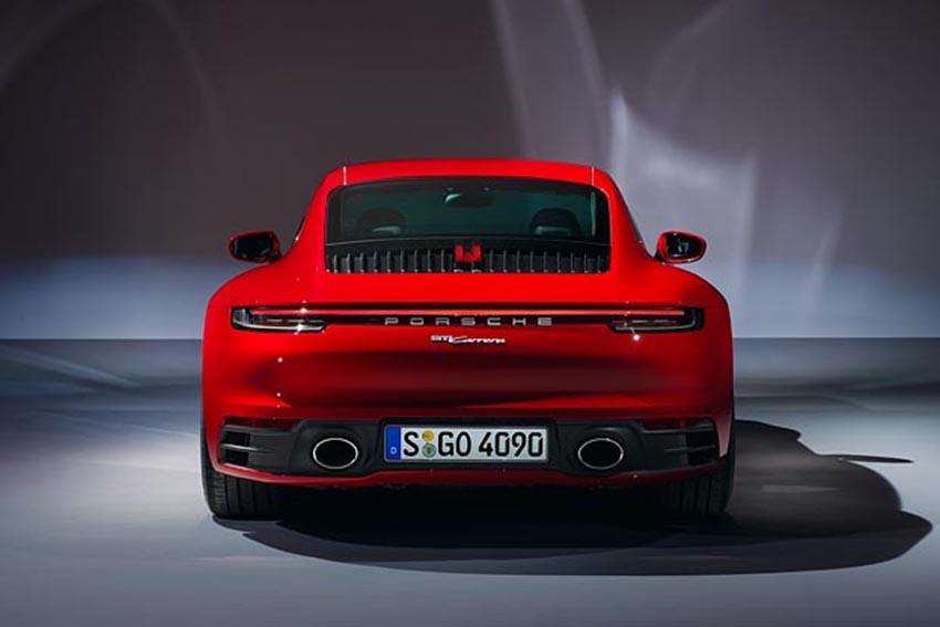 Porsche giới thiệu 911 Carrera Coupé và 911 Carrera Cabriolet mới - 08
