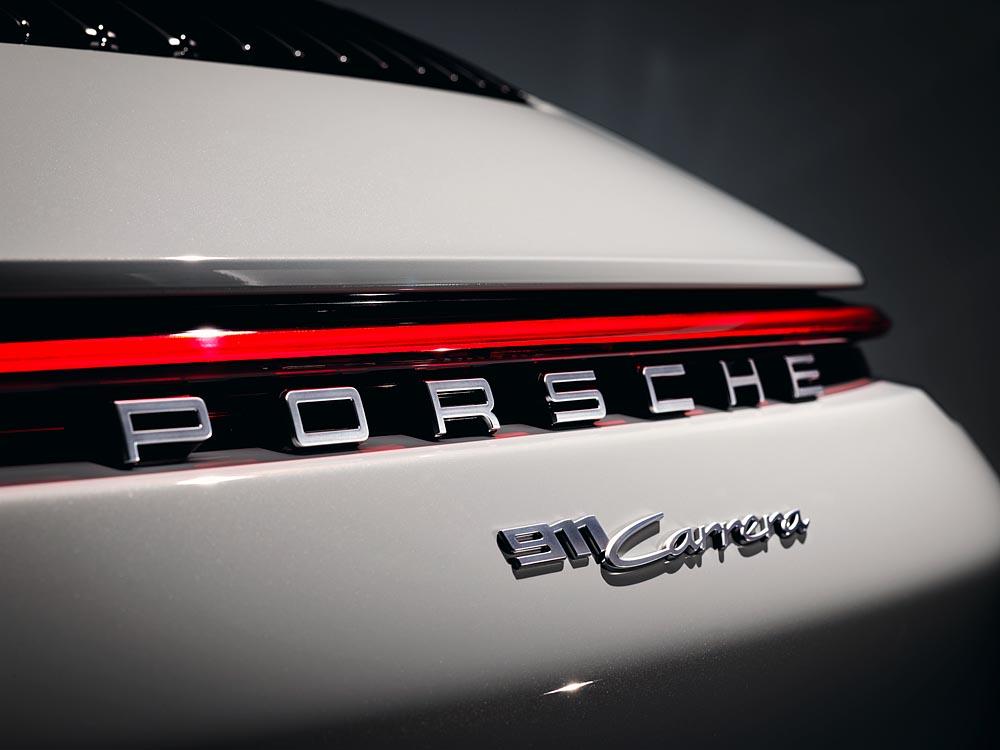 Porsche giới thiệu 911 Carrera Coupé và 911 Carrera Cabriolet mới - 05