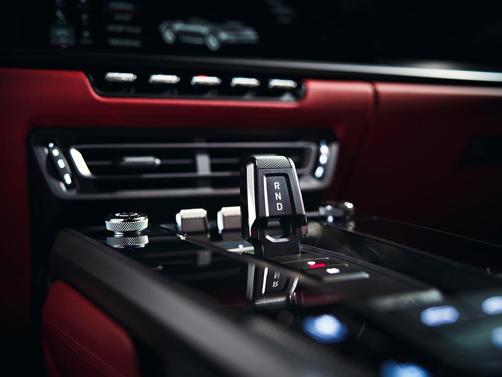 Porsche giới thiệu 911 Carrera Coupé và 911 Carrera Cabriolet mới - 03