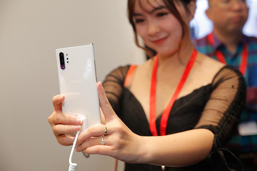 Samsung ra mắt bộ đôi Galaxy Note10 và Note10+ tại Việt Nam, giá từ 23 triệu đồng 21