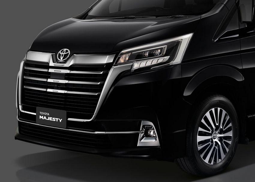 Toyota Majesty 2019 vừa ra mắt tại Thái Lan, mẫu xe gia đình cao cấp nhất 21
