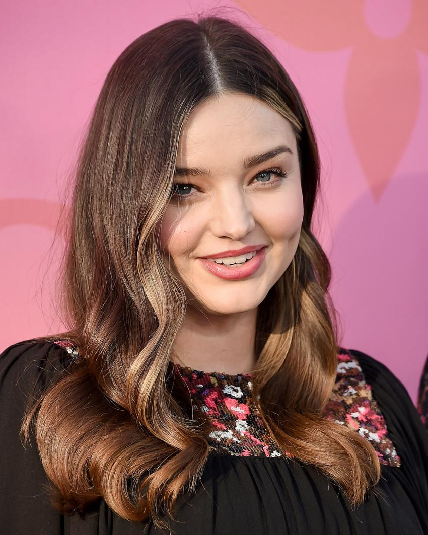 25 kiểu tóc đẹp dành cho bạn gái có gương mặt tròn - 22