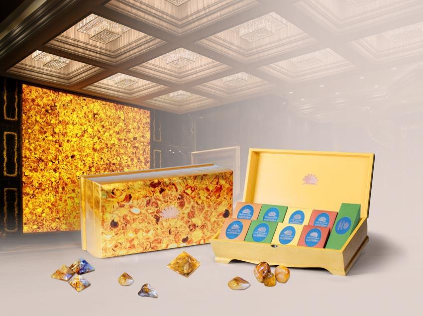 Bộ sưu tập Bánh trung thu của The Reverie Saigon với 3 thiết kế hộp sang trọng - 2