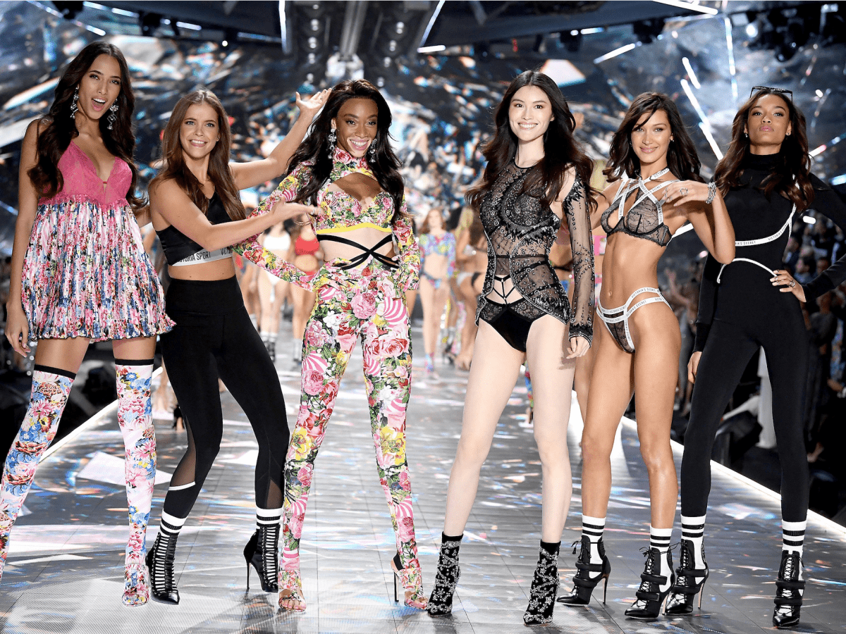 Buổi trình diễn thời trang Victoria's Secret 2018 đã diễn ra thành công tại Thành phố New York. Ảnh: Getty Images