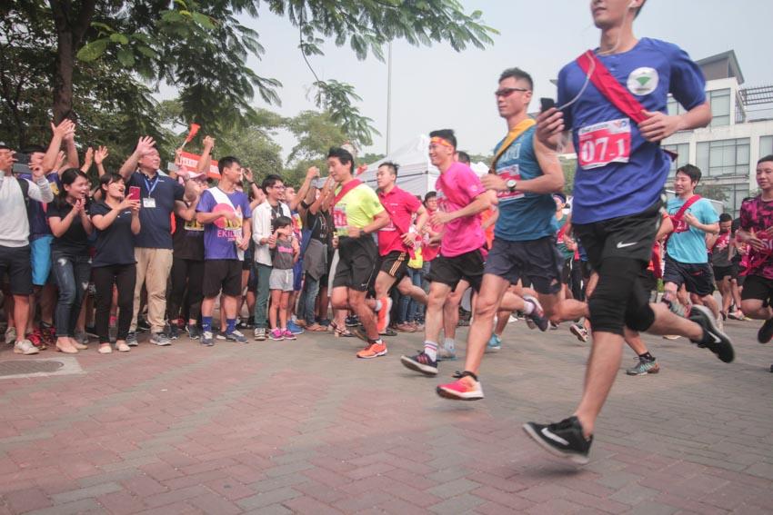 """Cuộc thi chạy Ekiden """"Nhật Bản trong lòng Việt Nam"""" năm 2019 - 2"""