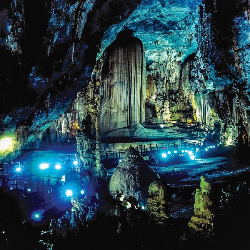 Khám phá hang Sơn Đoòng lọt top các cuộc phiêu lưu vĩ đại thế giới - 9