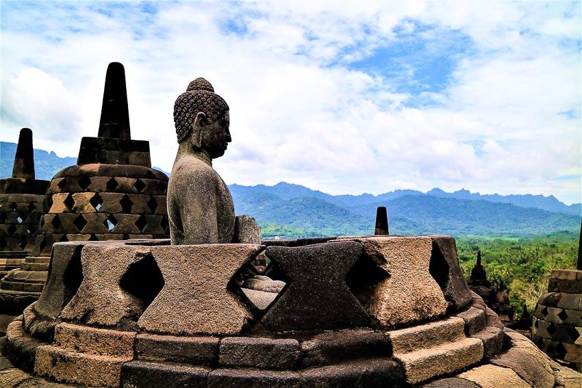 Khám phá kỳ quan Borobudur - một trong 7 kỳ quan thế giới - 1