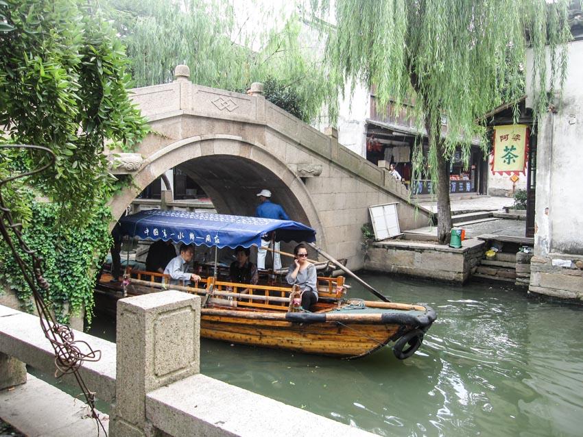 Chuyện ở làng cổ Chu Trang - 12
