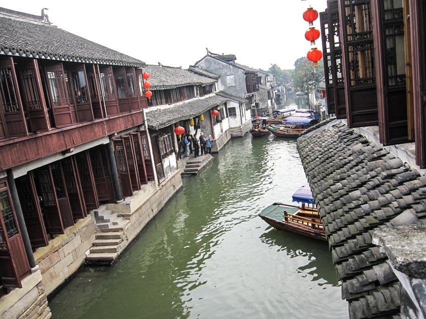 Chuyện ở làng cổ Chu Trang - 13