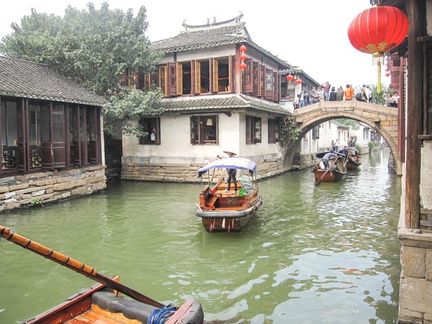 Chuyện ở làng cổ Chu Trang - 3