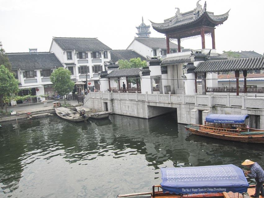 Chuyện ở làng cổ Chu Trang - 4