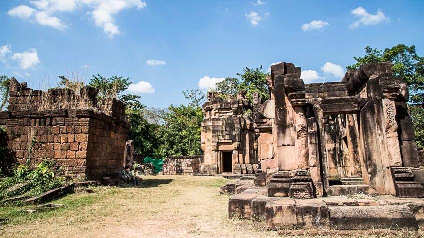 Những ngôi đền bị lãng quên tại xứ chùa Tháp - 10