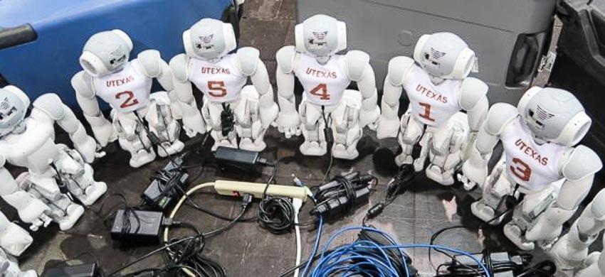 Thời đại robot và mối quan hệ với con người - 1