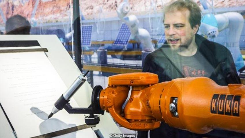 Thời đại robot và mối quan hệ với con người - 13