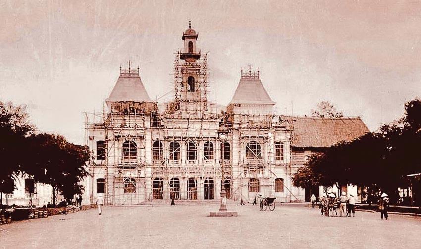 Tòa thị chính Sài Gòn - Lâu đài trăm năm bao giờ rộng cửa? - 1